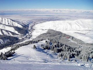 Karakol enters TOP-10 of an inexpensive ski holiday with children