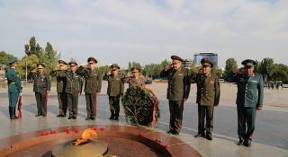 Chiefs of staff of the CIS armed forces discuss security issues in Bishkek